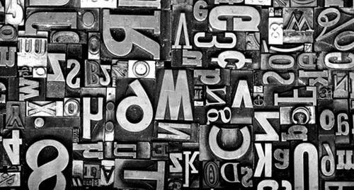 Как шрифт влияет на читабельность текста?